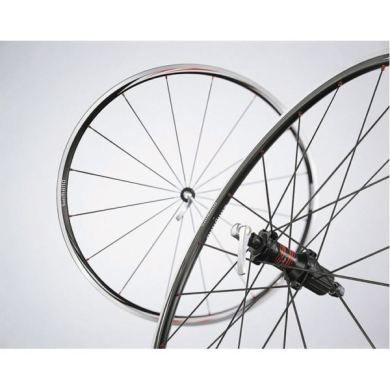 Shimano RS10 Wheels - Black - Pair