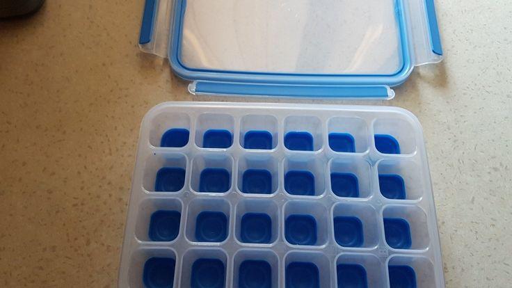 Ich bin ja so begeistert von dieser genialen Eiswürfelform. Sie verschließt gut und die Eiswürfel kann ich dennoch dann ganz leicht herauslösen. Prima! - https://produkttest.emsa.com/?view=social&type=reply&id=232699