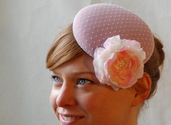 pastel pink vintage style pillbox hat /fascinator. HeatherFeatherDesign £45.00
