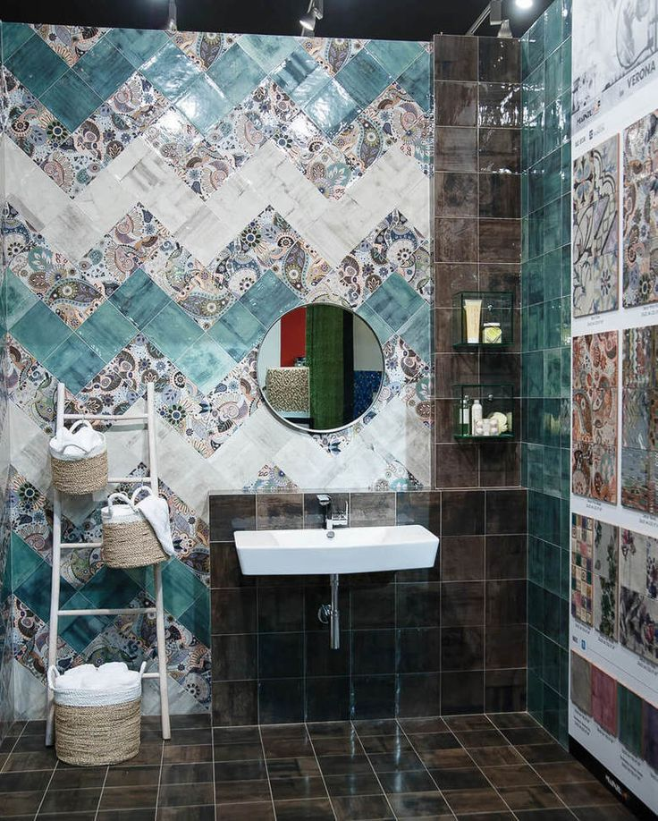 Стенд #Mainzu на #Cevisama2016  #casadelux #magazine #tiles #design #style #art #spain #beautiful #instadaily #instalike #amazing #art #style #photo #instasize #instacool #patchwork #касаделюкс #журнал #севисама2016 #плитка #дизайн #стиль #пэчворк by casadelux