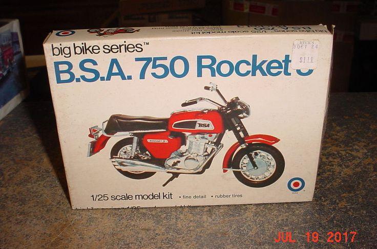 BSA 750 Rocket 3 Motorcycle Entex 1/25th 8494A #ENTEX