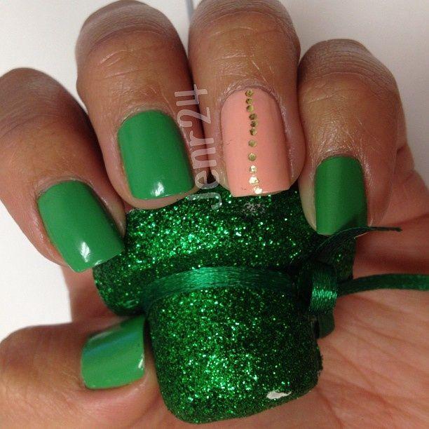Mejores 12 imágenes de diseños de uñas en Pinterest | Anillos ...