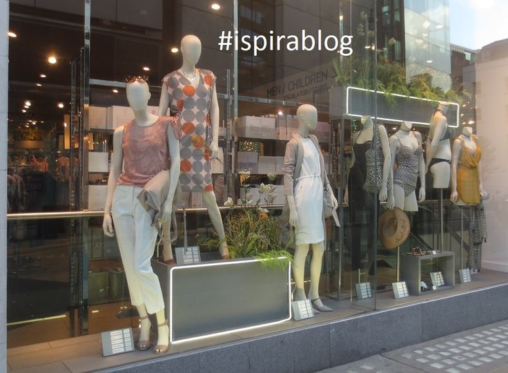 Next London - Summer 2017 - Womenswear Collection - black, white & natural nuances outfits with sandals and accessories 2017-06-28 #ispirablog #next