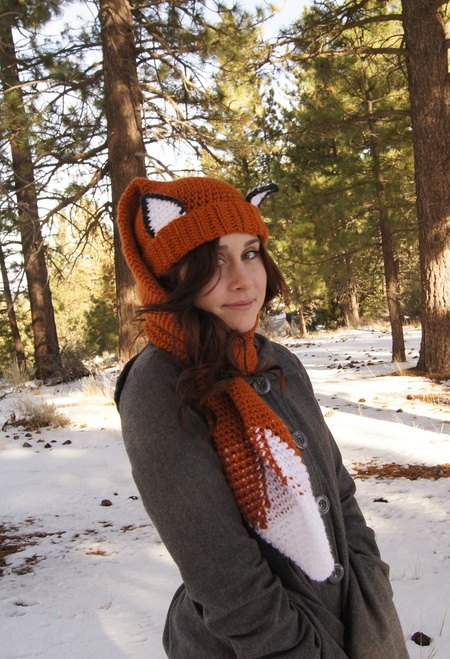 A crocheted Fox Scarf-Hat AKA Scat.  Also in Raccoon and Santa hat styles. Made to function as both a scarf and hat! (i don't usually like the hats with ears... but this is cute!) 5.00 pattern
