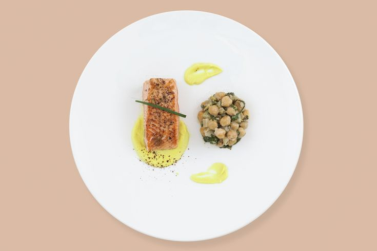 PLATS chef Boulud Plat J SAUMON