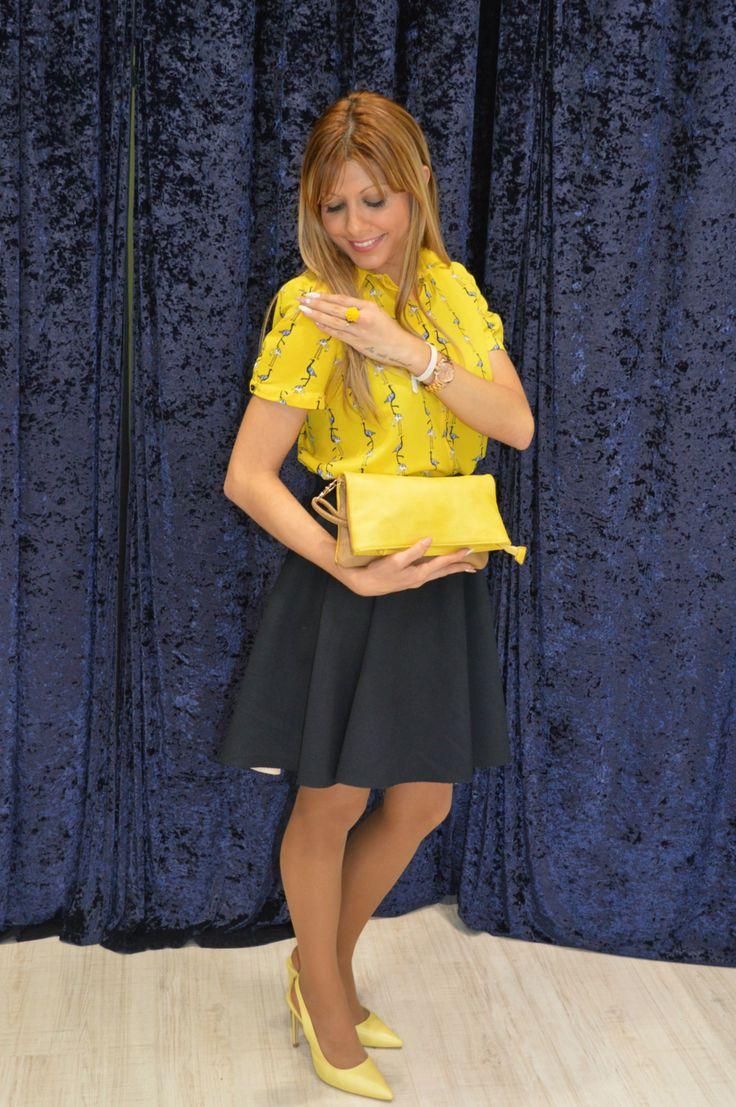 http://conelmicroyentacones.com/2015/05/11/blue-yellow-2/