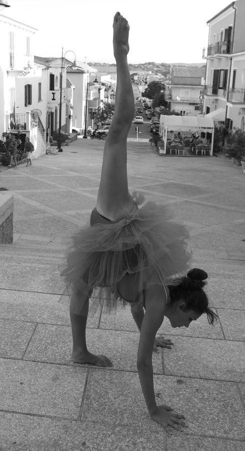 Dancing in the street by BarDaAngelo  on 500px