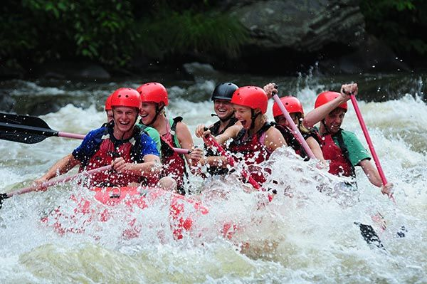 What To Where When White Water Rafting:  White water rafting in Gatlinburg combines the thrills of an amusement park ride with the natural beauty of the Smoky Mountain area. As you plan your visit to Smoky Mountain Outdoors, be sure to pay special attention to what you will wear.  - Follow the link to read more!