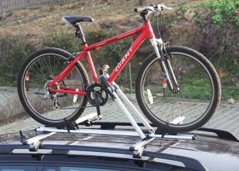 ROOF-MOUNTED BICYCLE CARRIER - A$119.00