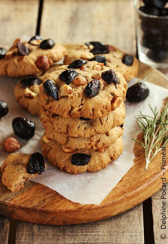 Cookies salés olives et noisettes, au romarin