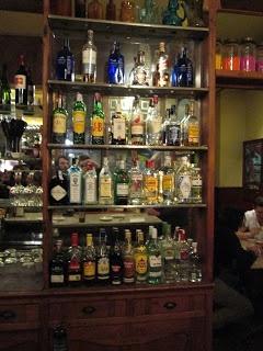 All sort of drinks at La Confitería, (Barcelona, Paral-lel, bar de copas)