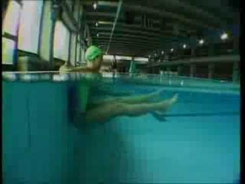 Ginnastica aerobica in acqua.