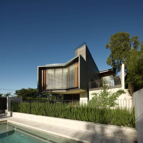 Rosalie Residence, Brisbane, Queensland, Australia by Richard Kirk Architect. Photograph by Scott Burrows.