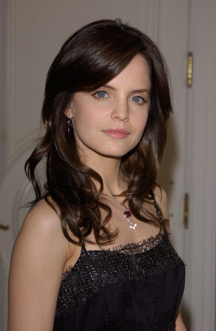 Jan 13, 2005; Beverly Hills, CA; Actress MENA SUVARI at a ...