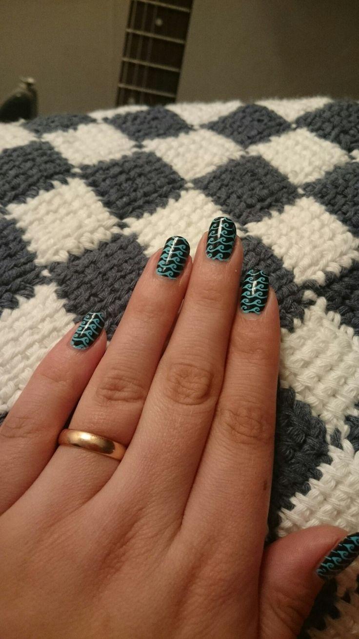 Wave-nails