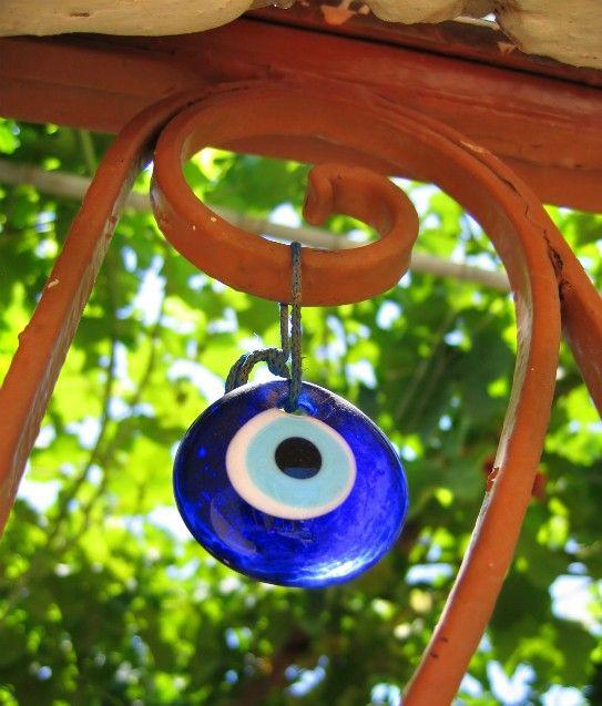 9 mudanças simples na decoração que vão trazer boas energias e afastar mau olhado - Bolsa de Mulher