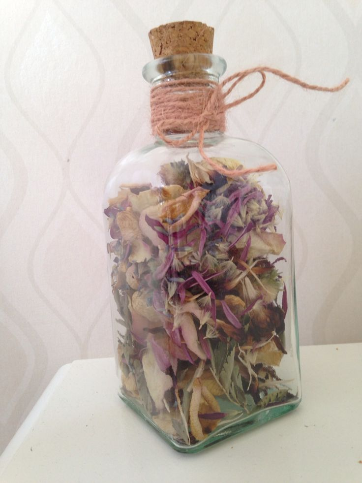 What to do with the bouquet after the wedding? We dried the flowers and collected some of the petals in a jar.