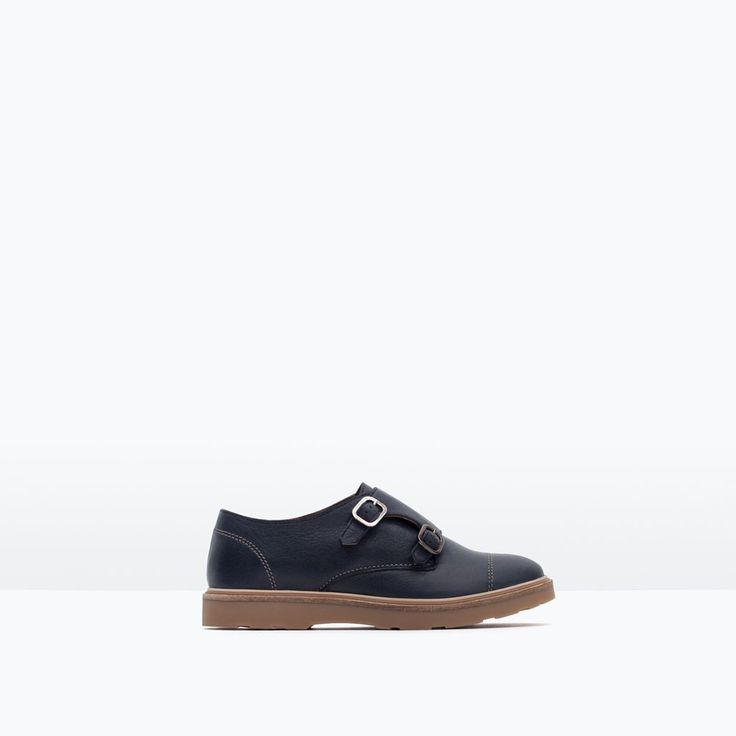 Join the members of Vestiaire Collective and right away benefit from the slashed prices on a selection of ZARA Shoes put together by our web team. Each day, Vestiaire Collective presents a range from .