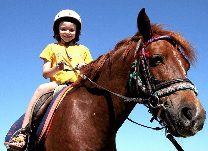 Szépség (pl. kozmetikai kezelések) Kupon - 50% kedvezménnyel - Szépség (pl. kozmetikai kezelések) - 5 alkalmas lovasoktatás 3-14 éves korig (30 perc/alkalom) most 10000 Ft helyett 5000 Ft-ért!.