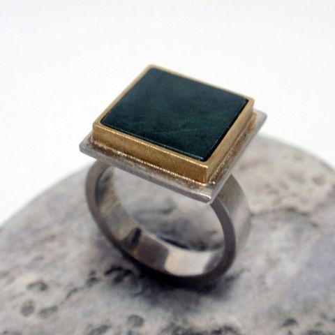 Poumamu Ring – Unio Goldsmith