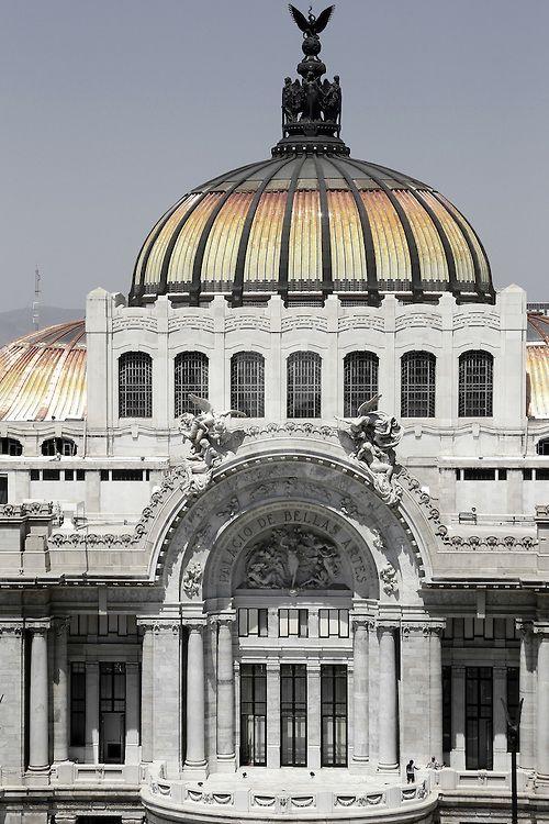 Palacio de Bellas Artes, Mexico City, Mexico.  Photo: Vincent Isore/IP3 Press