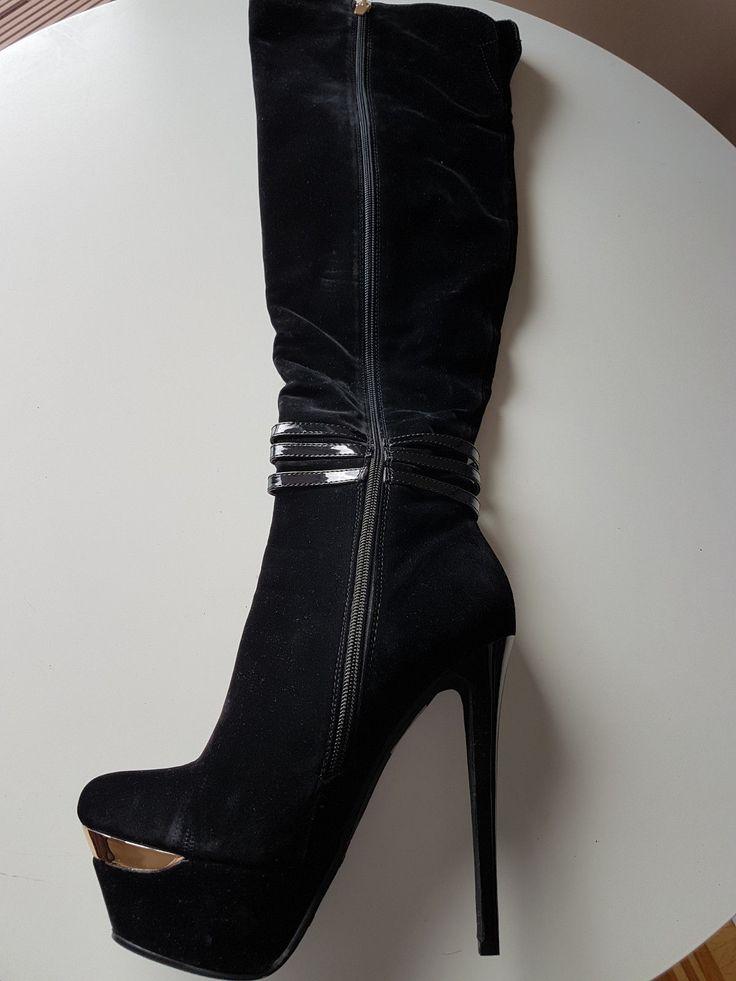 Ob zur Jeans, Minikleid oder Hotpants, der Stiefel passt zu jedem Outfit und sorgt zeitgleich. Ein neuer Damenstiefel von Sergio Todzi. Modische Damen Stiefel, Stiefeletten, Overknees. | eBay!