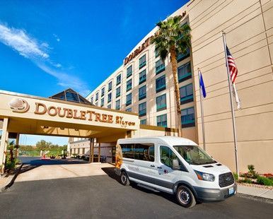 DoubleTree by Hilton Hotel Las Vegas Airport, NV - Hotel Exterior
