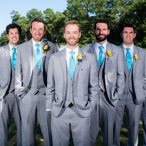 Real Weddings - In Bliss Weddings Scott and his groomsmen wore matching gray suits and turquoise ties for the beach themed event. - See more at: http://inblissweddings.com/real-weddings/story/becky_and_scott/319#sthash.vICsjQsl.dpuf