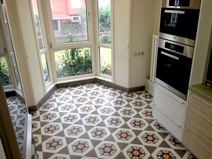 Hexagon Tiles on kitchen. Picture of the harmony.