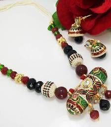Material Used : Meenakari      Necklace   Length : 23 cm    Width : 5.5 cm     Earrings    Length : 4.5 cm    Width : 2 cm   Weight : 40 gms