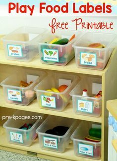 Free Printable Labels for the pretend food in your dramatic play center. Perfect for Preschool and Kindergarten to help keep your dramatic play center neat and organized!