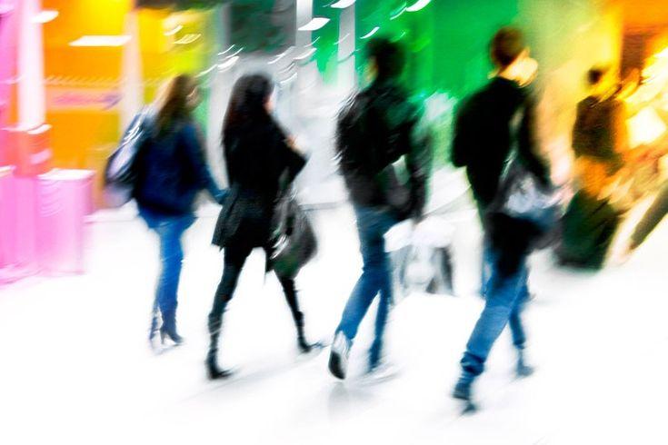 """Viaggi di lavoro, viaggi di piacere, viaggi di fantasia ... infondo siamo tutti viaggiatori! ..prepariamo le valigie, da venerdì si parte con """"il viaggio di Sara""""! #ilviaggiodiSara #viaggiare #comunitàviaggiatori #compagnidiviaggio http://www.lazzerini.it/it/55/lazzerini__viaggiatori_si_e"""