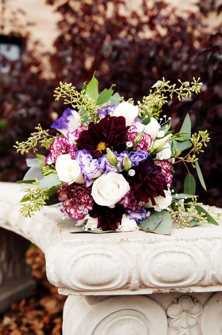 Осенние цветы в букете невесты https://weddywood.ru/?p=27934