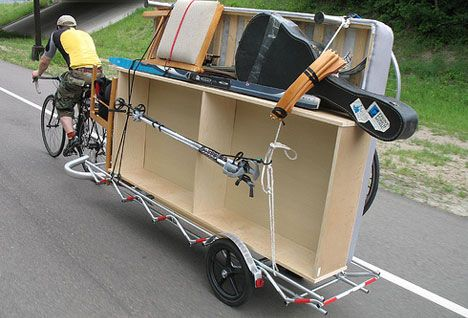 Bicycle Cargo. Chapter 2: Bike Trailers (Treehugger)... it's like that episode of Portlandia!