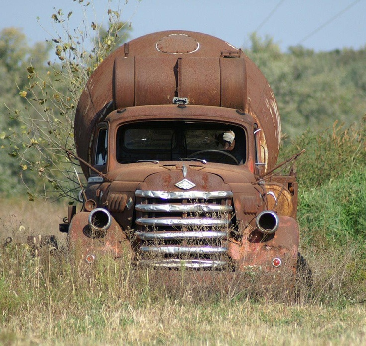 Rust never sleeps......  (found on internet, if you know whose shot it is, please inform me!)