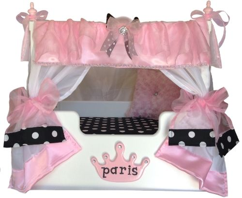 This Paris Canopy pet bed is great for the p&ered princess pet in your home.  sc 1 st  Pinterest & 12 best Luxury Canopy Dog Beds images on Pinterest | Bed canopies ...