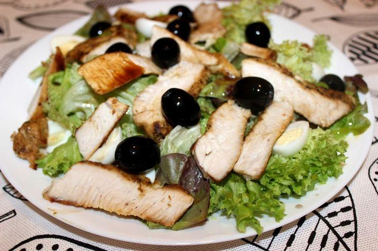Легкий ужин. Салат с индейкой под цитрусовой заправкой.