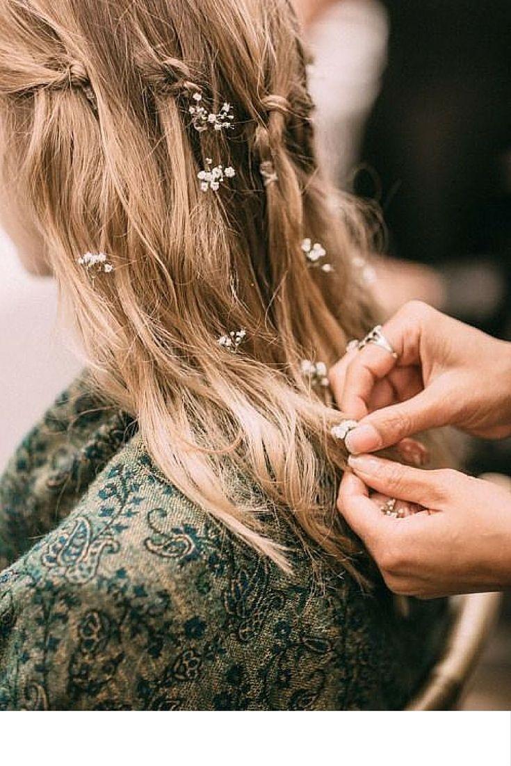 sneakers and pearls, runway, marchesa hair, flowers on hair, trending now, uh-la-la-land..jpg