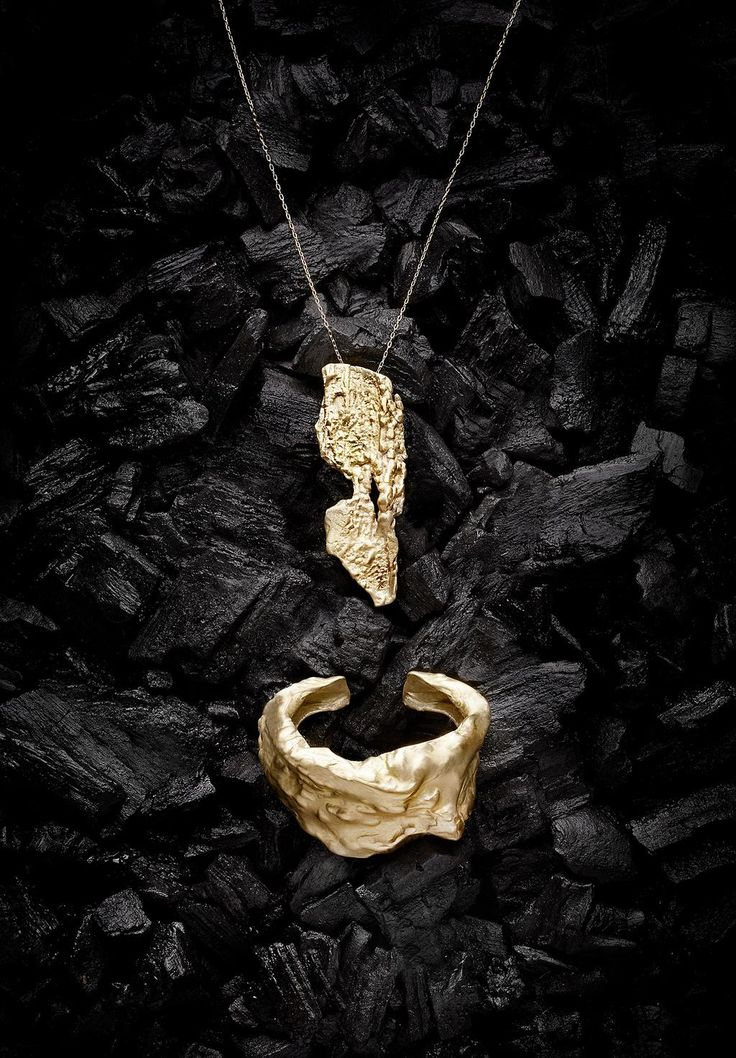 Still life photo I shot of pieces from luxurious jewellery brand, Noritamy. @Noritamy #jewellery #designer #fashion