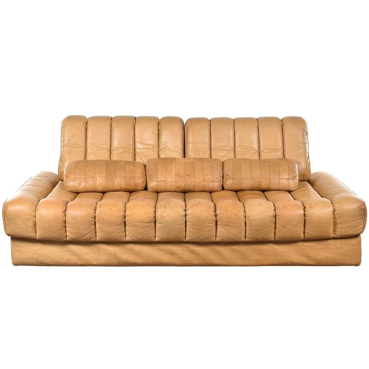 De Sede Sofa and Daybed | From a unique collection of antique and modern day beds at https://www.1stdibs.com/furniture/seating/day-beds/
