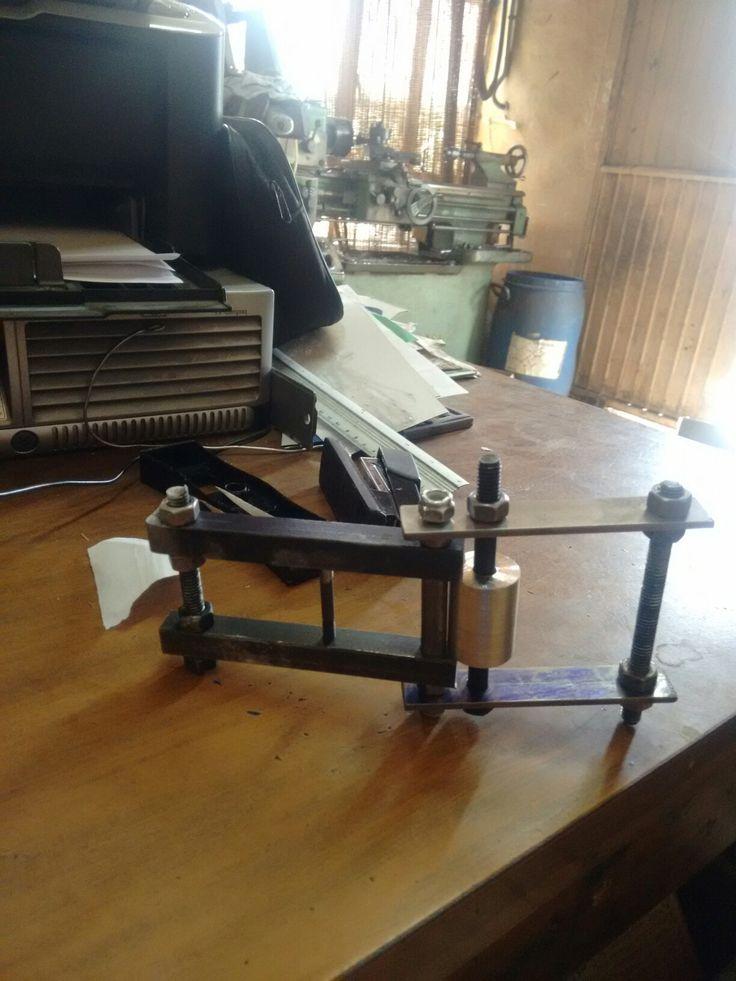 Roladora de clips de acero