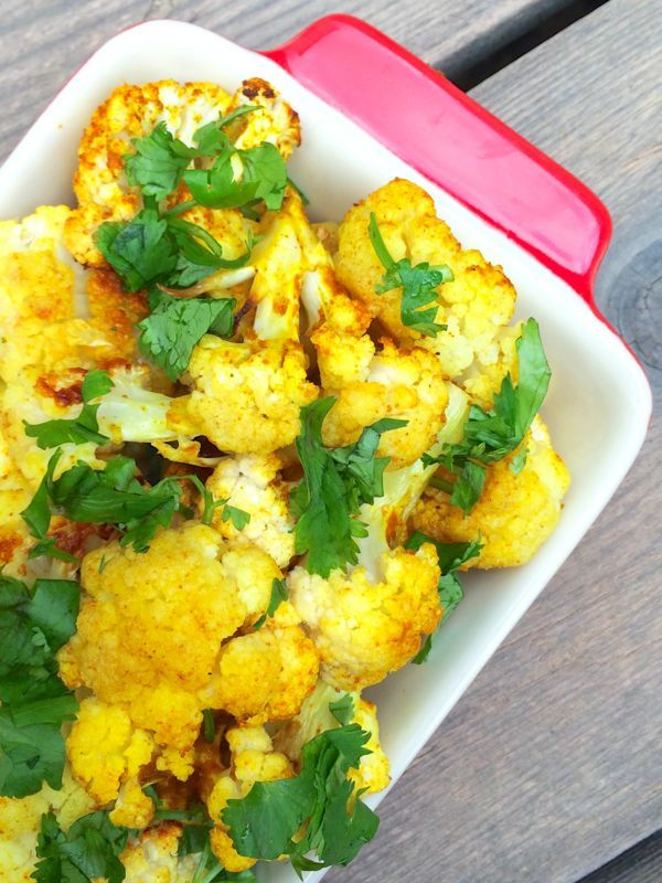 Curried Roasted Cauliflower with Coconut Oil - The Lemon Bowl #vegan #cauliflower #sidedish
