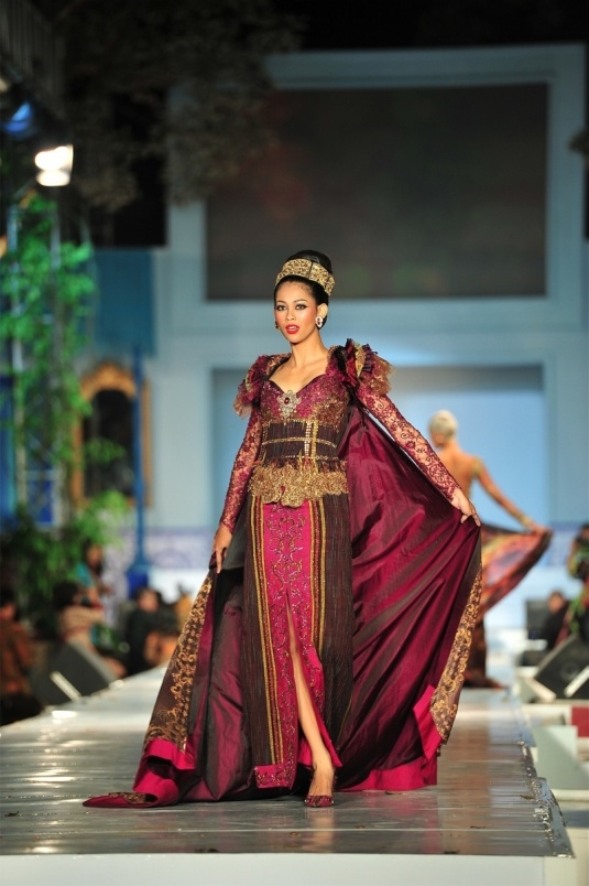 Indonesian Modern Kebaya #Beautiful