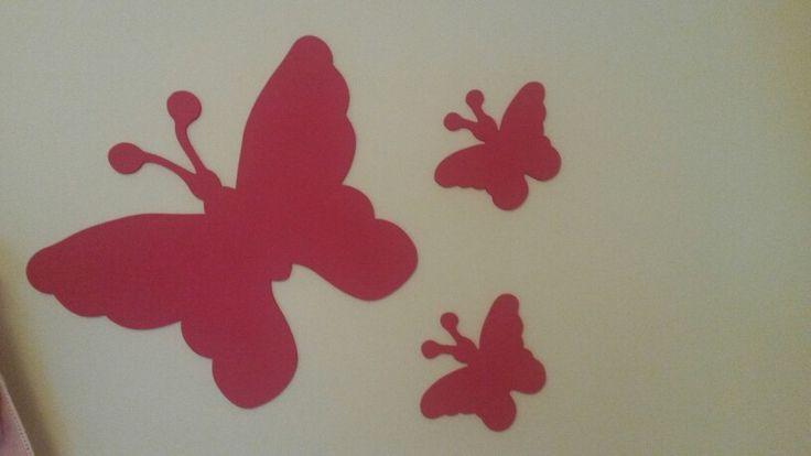 Mdf vlinders voor op de kinderkamer.