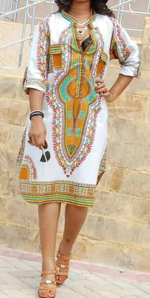 We love the Ethnic Print Plunging Neck Dress.Only$26.19& Free Shiping now!!It's just a amazing dress.Pick it up at Romoti.com