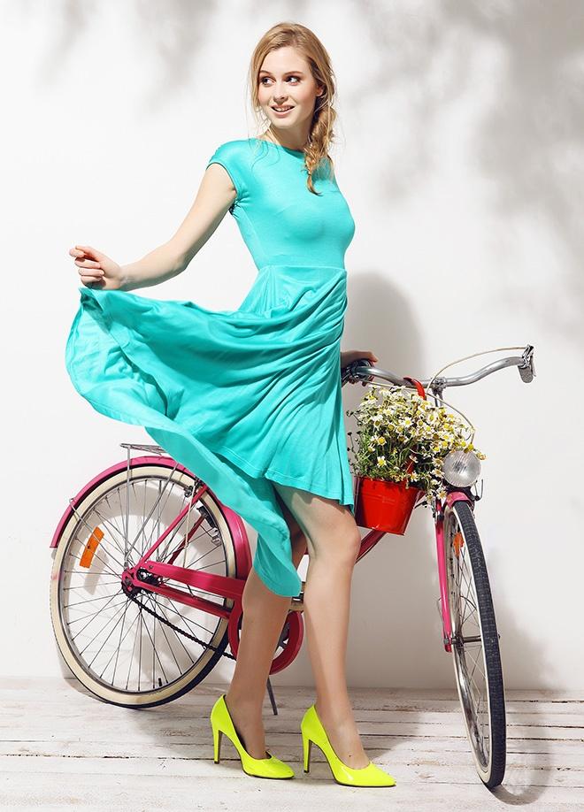 Mixray Sırt dekolteli uzun elbise Markafonide 99,00 TL yerine 32,99 TL! Satın almak için: http://www.markafoni.com/product/3779523/