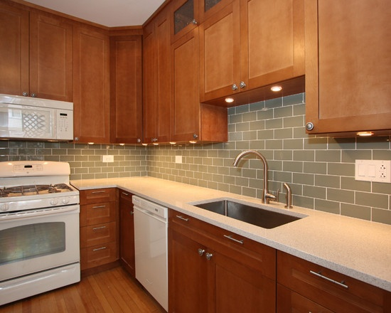 kitchen cabinets in white 115 best redoing the lake house images on home 6155