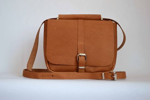 #1 Messenger Bag in Oily Boot Tan | Amelia Boland