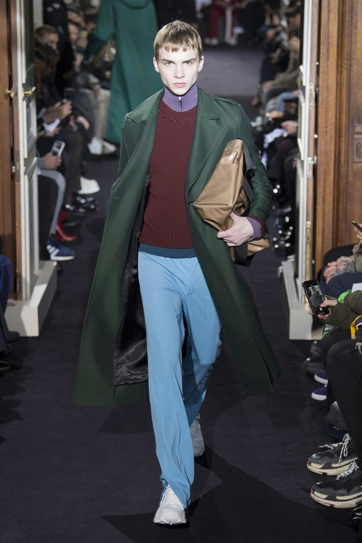 Valentino Fall 2018 Menswear Collection - Vogue