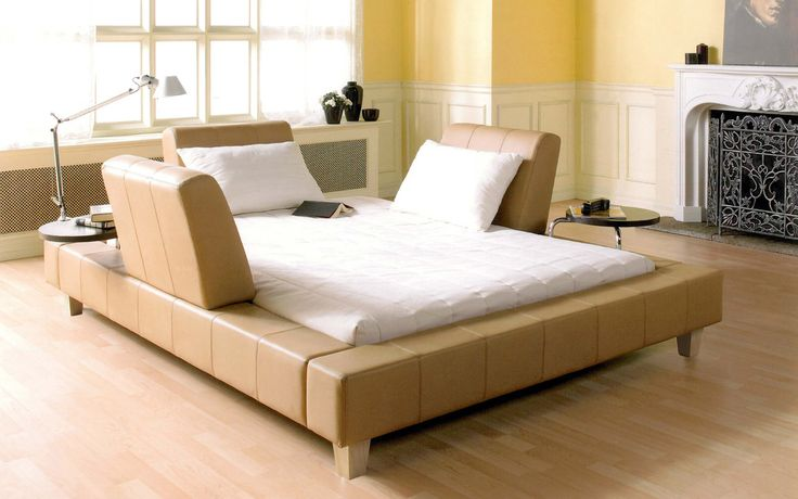 Queen bed upholstered Voila - Contemporary Style - Jaymar Collection. Modular bed.